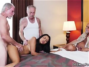 father instructs patron compeer s daughter-in-law how to wrestle Staycation with a mexican bombshell