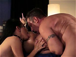 Vicki haunt and Katrina Jade want more than hook-up
