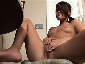Meggan Powers plays with her raw cunt after getting drunk