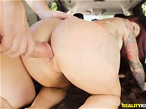 Monique Alexander blows a yam-sized man meat in the car