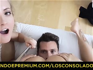 LOS CONSOLADORES - adorable honey naked massage and threesome