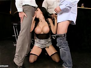 Aletta Ocean group sex as she faceholes a insatiable gang
