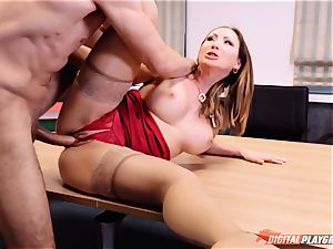 lollipop deep-throating cum guzzler Yasmin Scott