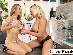 Olivia Austin and Nicole Aniston have some g/g fun