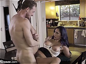 hotwife Reena can't fight back her youthful lover
