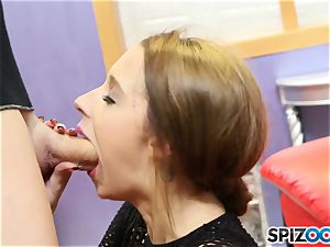 cum guzzler Lola Hunter gags on meaty salami