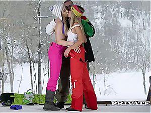 Frosty joy for trio in the Alpine hut