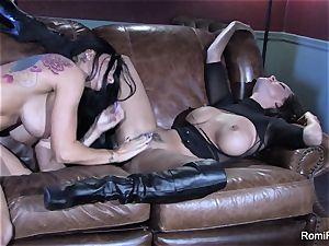 Romi Rain torrid lezzy hump with Abigail Mac