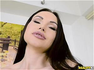 Digging man sausage deep into crazy babe Sasha Rose
