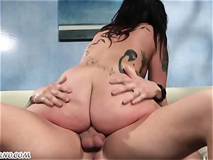 Informal hoe Joanna Angel with tats just wants plumbed