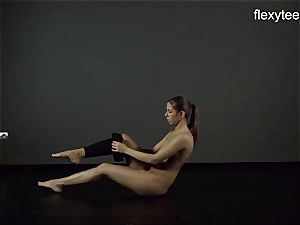 FlexyTeens - Zina shows pliable naked assets