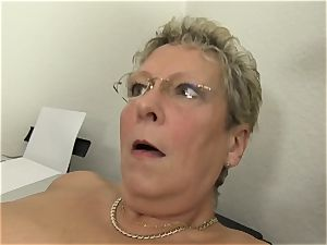 gonzo Omas - ash-blonde German grandmother likes messy office fucky-fucky