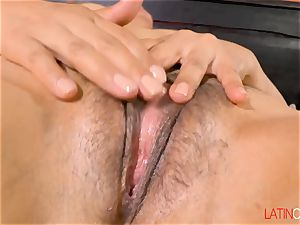 LatinChili Mashup of two torrid Mature Solo frigging