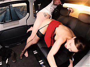 boned IN TRAFFIC - brit Tina Kay ravaged in the car