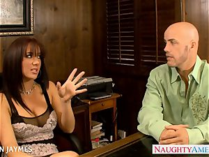 huge-chested brown-haired Jayden Jaymes gets pounded