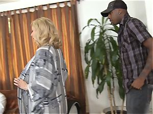 naughty Nina Hartley gets her hubby witnessing her penetrating